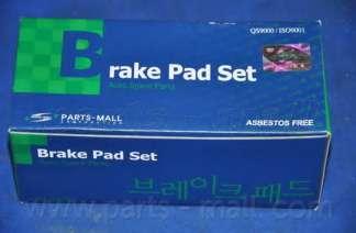 Комплект тормозных колодок, дисковый тормоз PARTS-MALL PKB-028